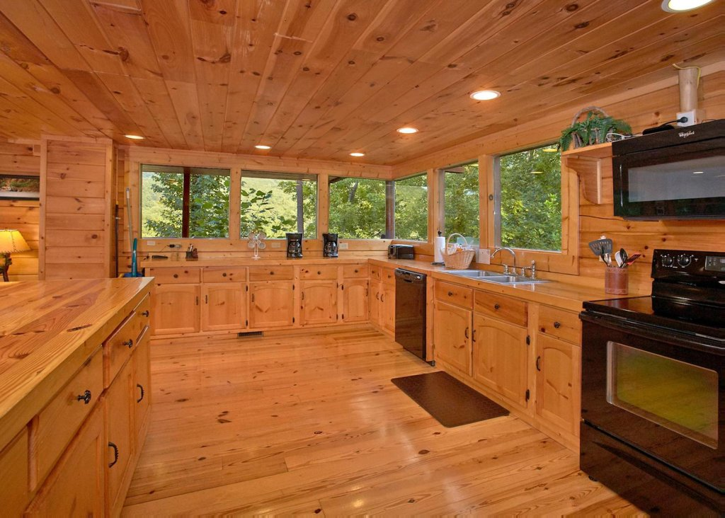 Photo of a Pigeon Forge Cabin named Southern Elegance #70 - This is the fifth photo in the set.