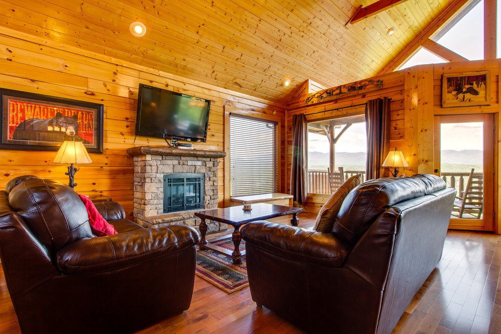 Photo of a Pigeon Forge Cabin named Soaring High - This is the third photo in the set.