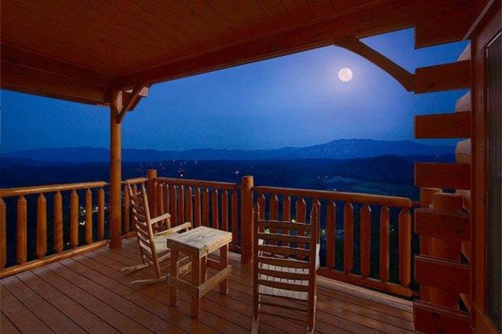 Photo of a Pigeon Forge Cabin named Star Gazer At Legacy Mountain - This is the thirty-third photo in the set.