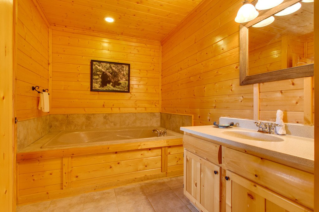 Photo of a Pigeon Forge Cabin named Soaring High - This is the eighteenth photo in the set.