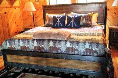 2 Bedroom Lodge In Arts & Crafts Community In Gatlinburg!