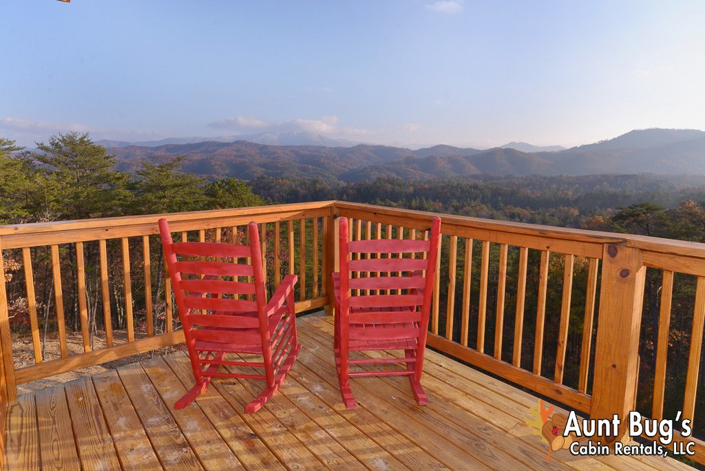 Photo of a Pigeon Forge Cabin named A View To Remember - 204 - This is the twenty-third photo in the set.