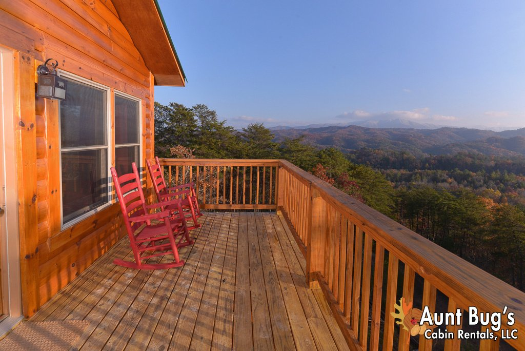 Photo of a Pigeon Forge Cabin named A View To Remember - 204 - This is the forty-ninth photo in the set.