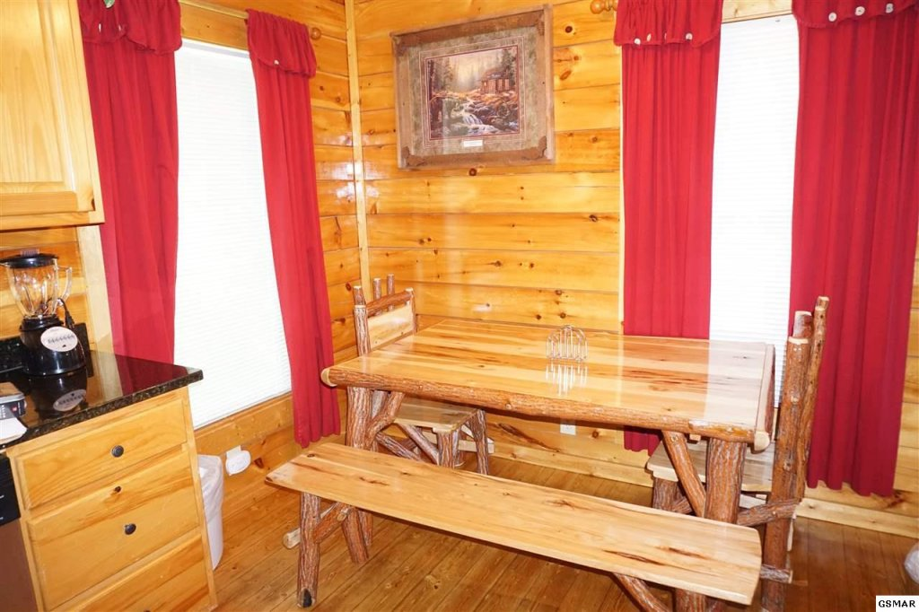 Photo of a Gatlinburg Cabin named Mountain Paradise - 295 - This is the eighth photo in the set.