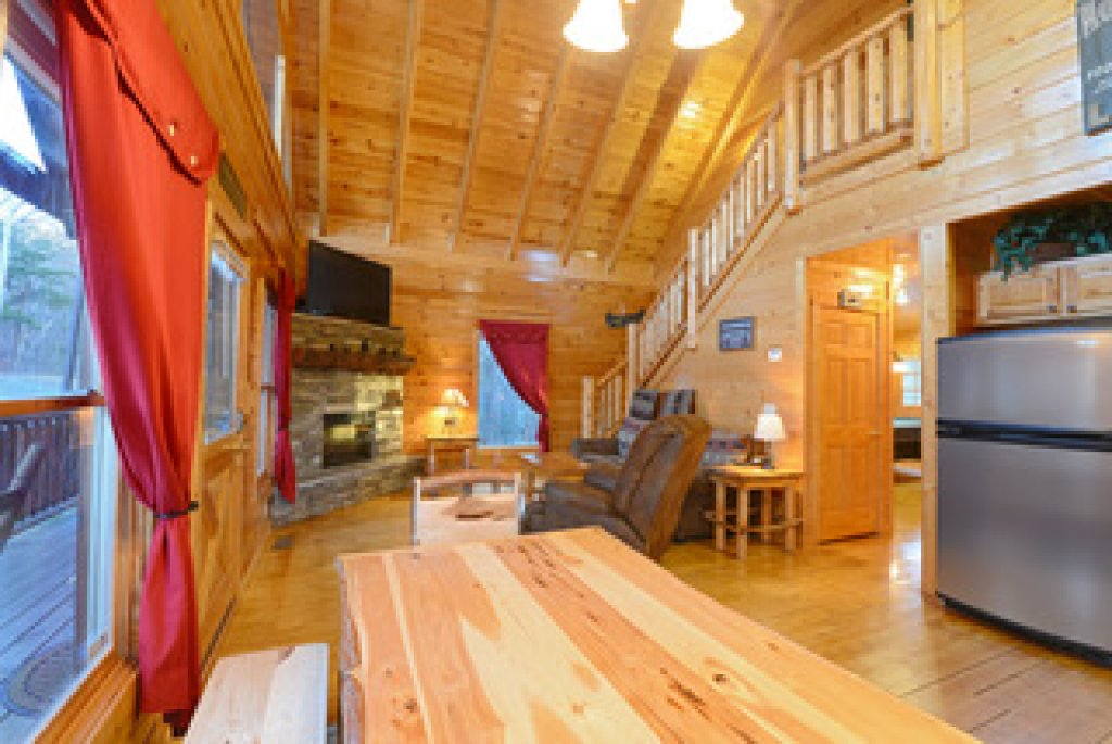 Photo of a Gatlinburg Cabin named Mountain Paradise - 295 - This is the twentieth photo in the set.