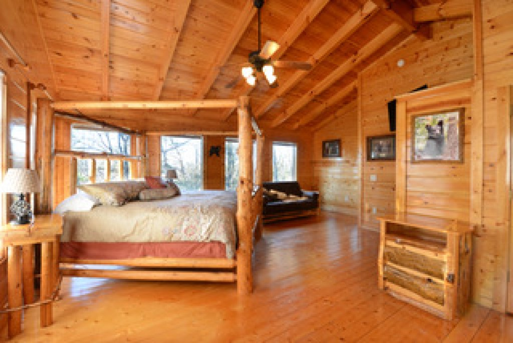 Photo of a Gatlinburg Cabin named Mountain Paradise - 295 - This is the twenty-ninth photo in the set.