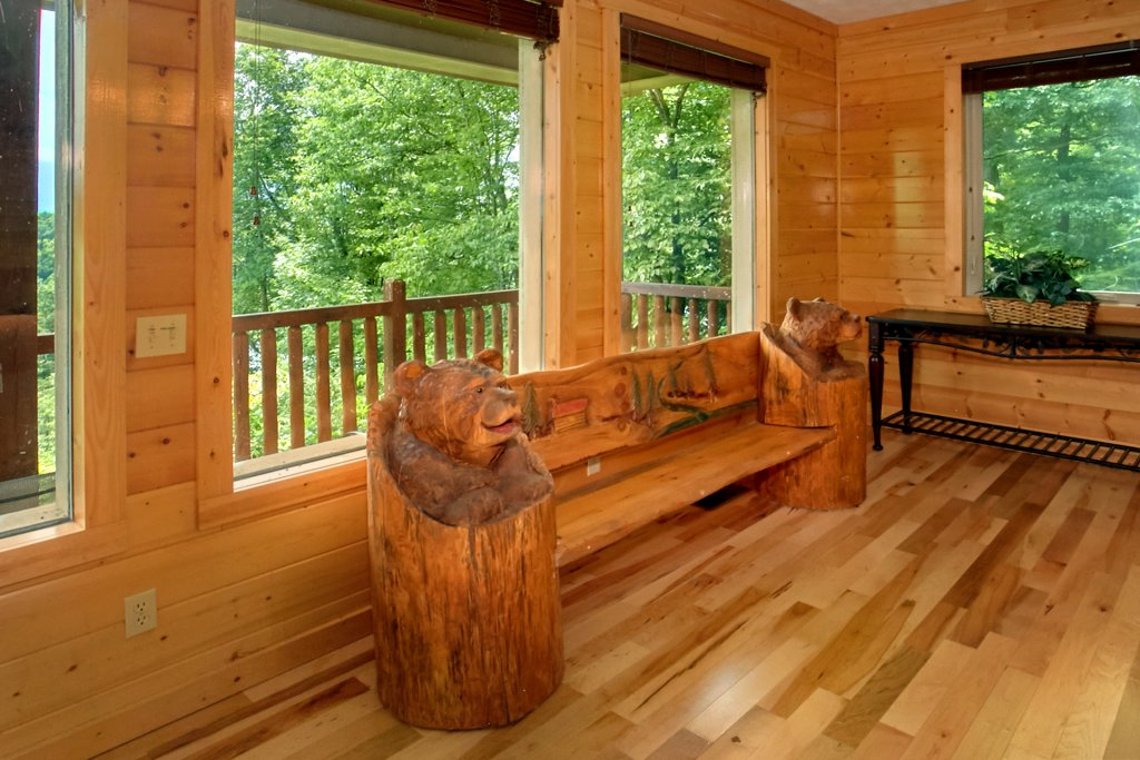 Photo of a Gatlinburg Cabin named Knockin On Heavens Door - This is the tenth photo in the set.
