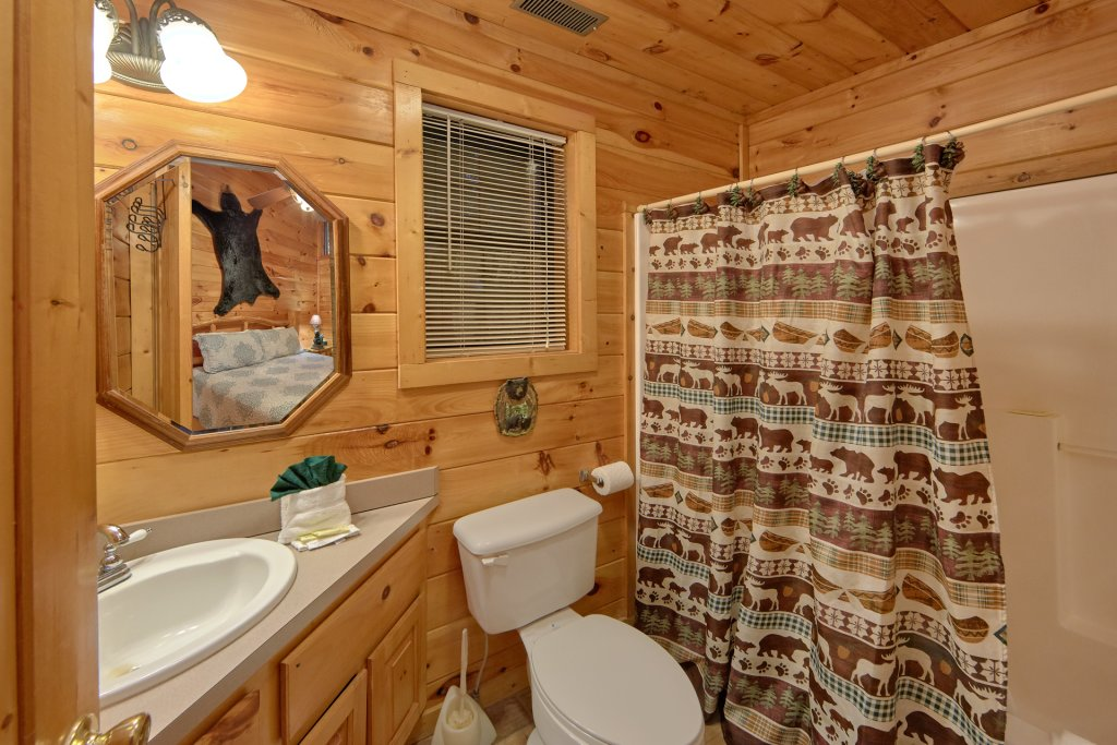 Photo of a Pigeon Forge Cabin named Tranquility Den - 210 - This is the nineteenth photo in the set.
