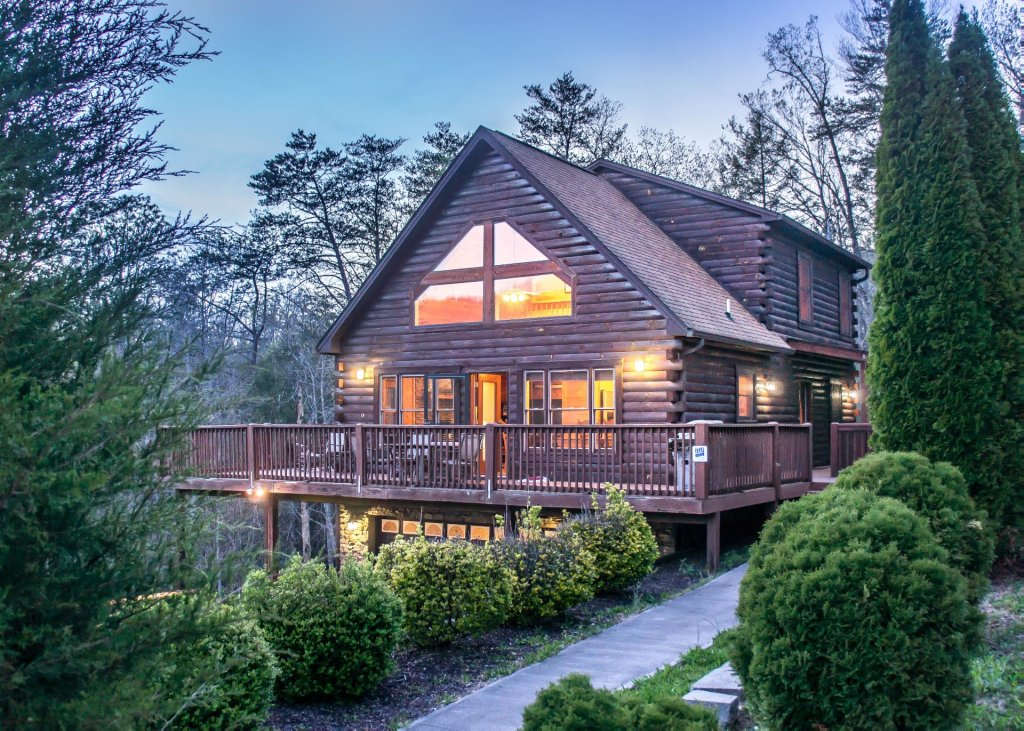 Photo of a Pigeon Forge Chalet named Birchwood Lodge - This is the twenty-fifth photo in the set.