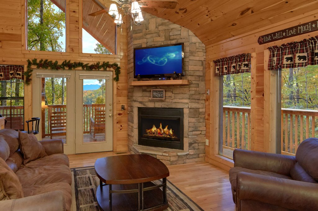 Photo of a Pigeon Forge Cabin named Tranquility Den - 210 - This is the twenty-third photo in the set.