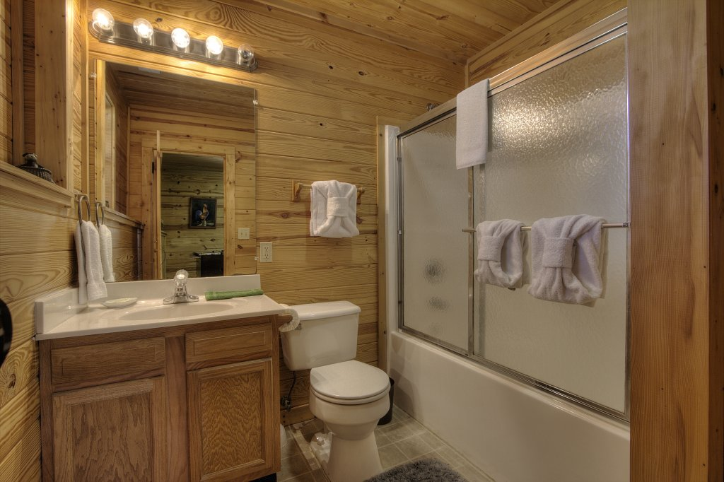 Photo of a Pigeon Forge Cabin named Always Delightful - 411 - This is the fifty-third photo in the set.
