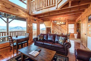 Bella Vista, 3 Bedrooms, Mountain View, Pool Access, Hot Tub, Sleeps 12