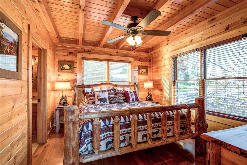 Photo of a Pigeon Forge Cabin named Bella Vista - This is the fifteenth photo in the set.