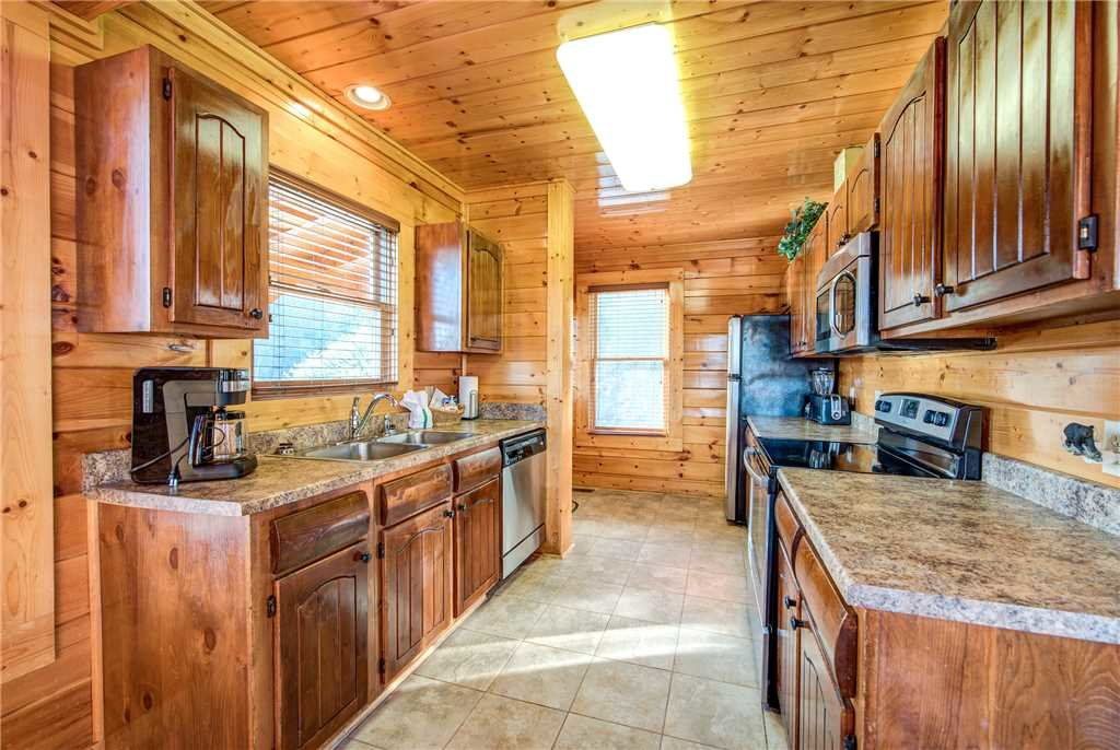 Photo of a Pigeon Forge Cabin named Bella Vista - This is the eighth photo in the set.