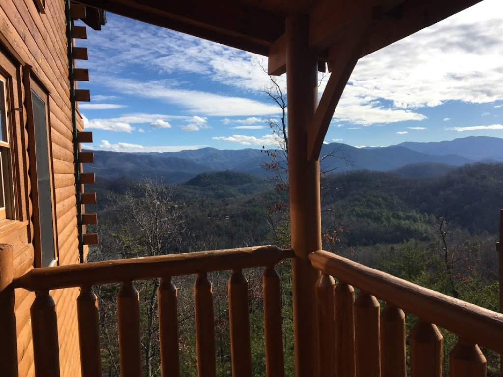 Photo of a Pigeon Forge Cabin named Bella Vista - This is the twenty-ninth photo in the set.