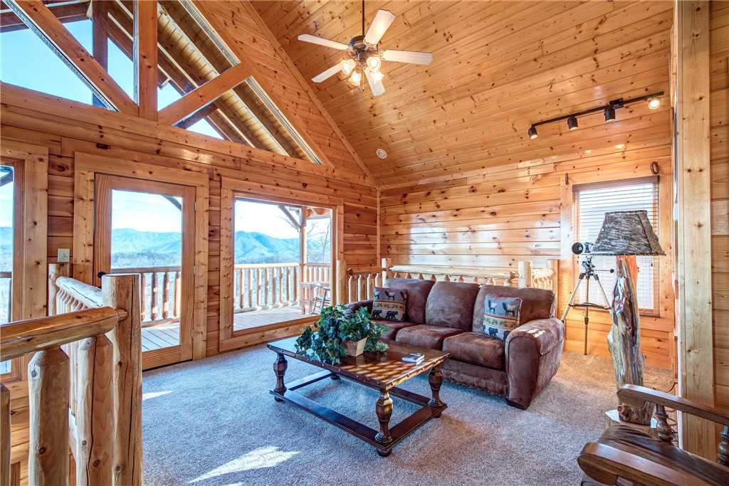 Photo of a Pigeon Forge Cabin named Bella Vista - This is the twenty-first photo in the set.