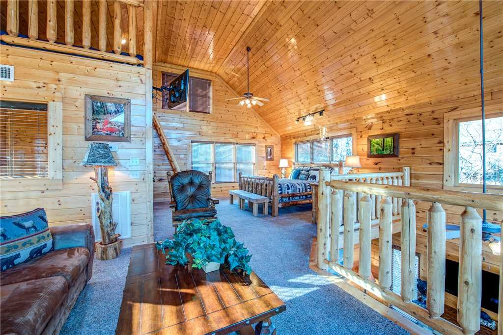 Photo of a Pigeon Forge Cabin named Bella Vista - This is the twentieth photo in the set.