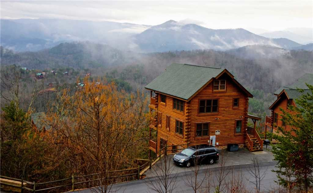 Photo of a Pigeon Forge Cabin named Bella Vista - This is the thirtieth photo in the set.