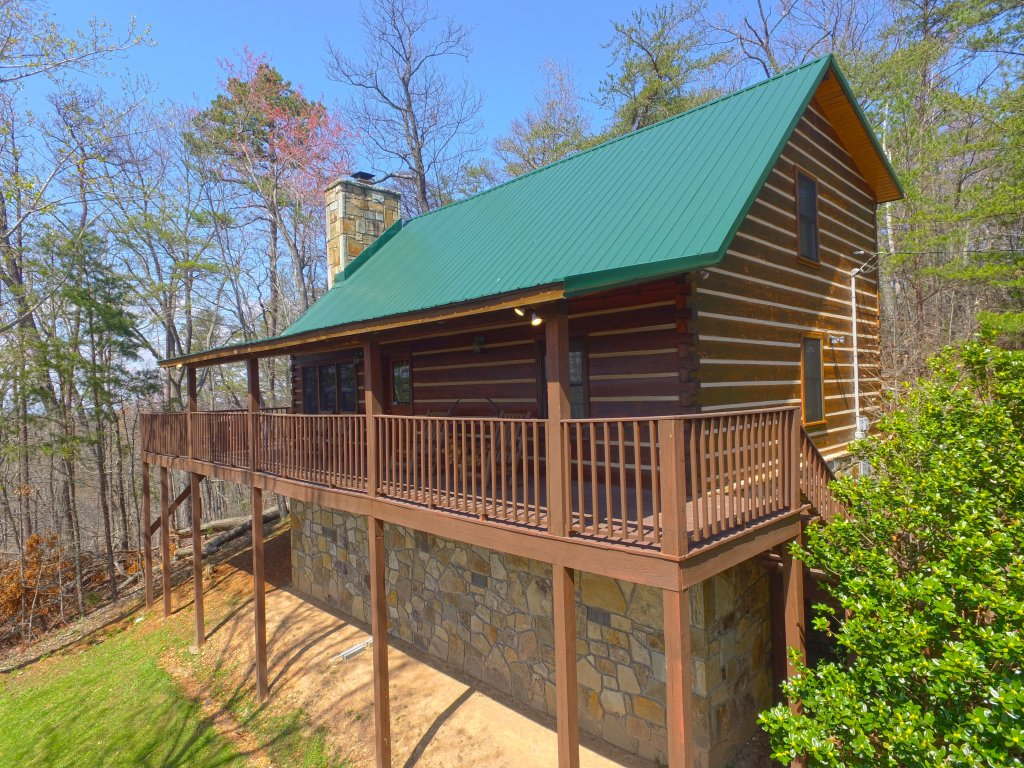 Photo of a Gatlinburg Cabin named Almost Heaven #205 - This is the first photo in the set.