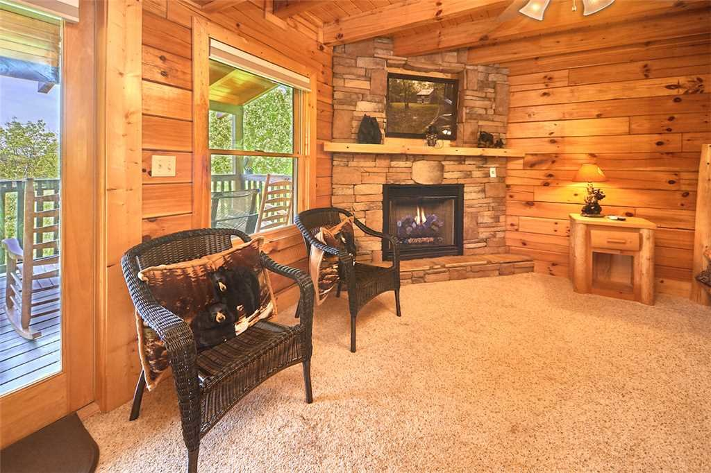 Photo of a Pigeon Forge Cabin named Lookout Ridge - This is the nineteenth photo in the set.