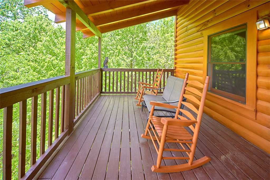 Photo of a Pigeon Forge Cabin named Lookout Ridge - This is the twenty-fourth photo in the set.