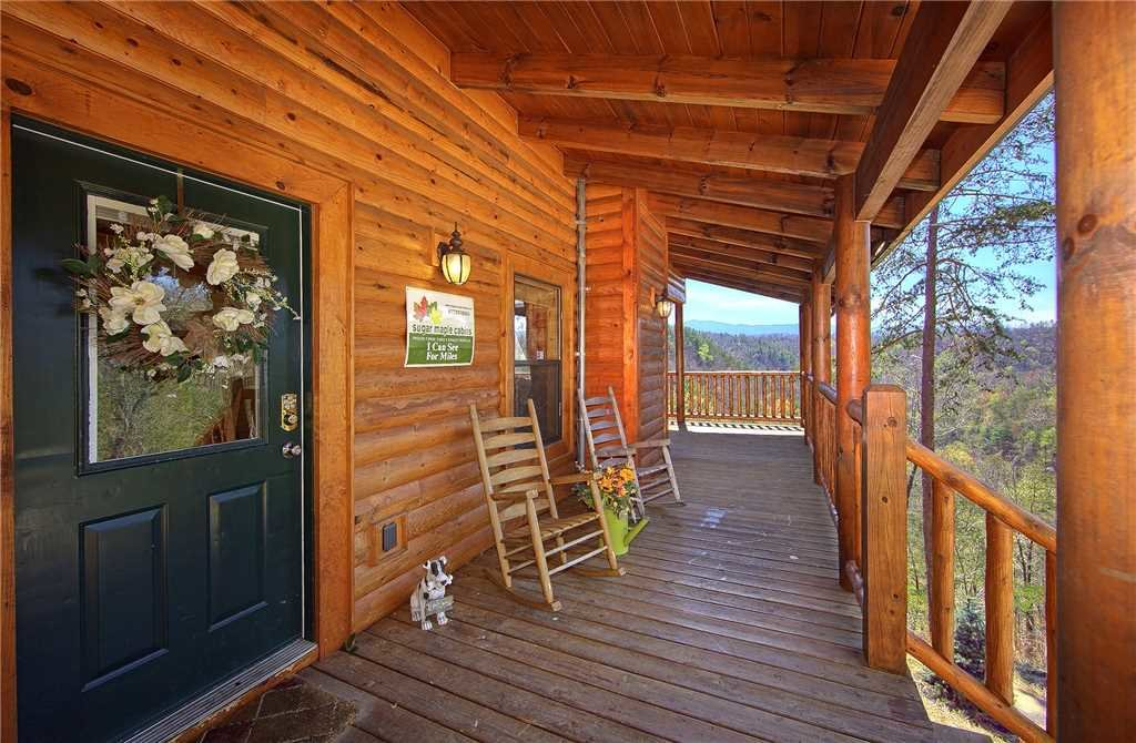 Photo of a Pigeon Forge Cabin named Southern Charm - This is the seventeenth photo in the set.
