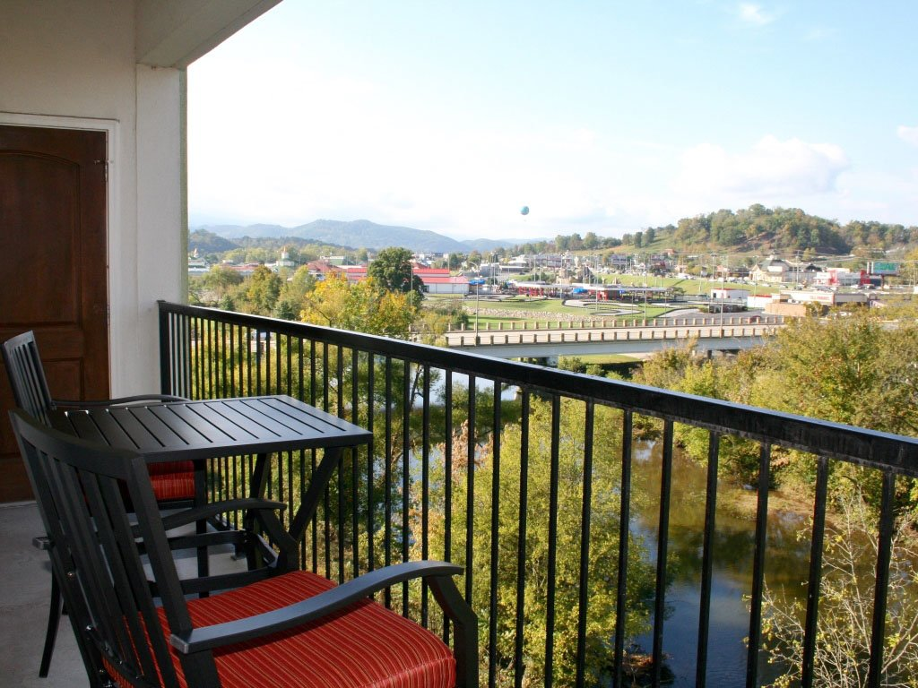Photo of a Pigeon Forge Condo named River Crossing 501 - This is the thirteenth photo in the set.