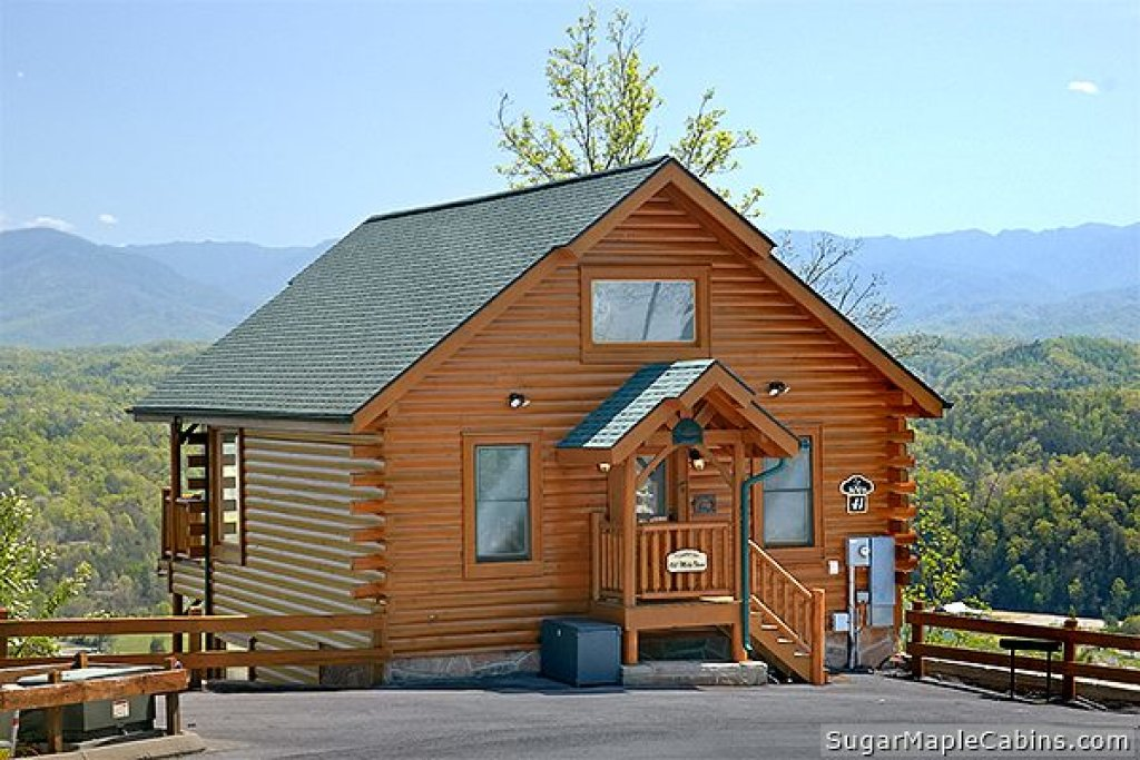 Photo of a Pigeon Forge Cabin named 100 Mile View - This is the twenty-third photo in the set.