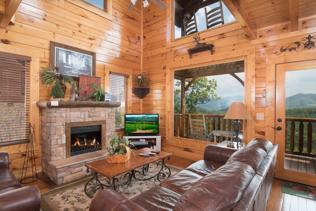 Photo of a Pigeon Forge Cabin named See The Stars Tonight - This is the second photo in the set.