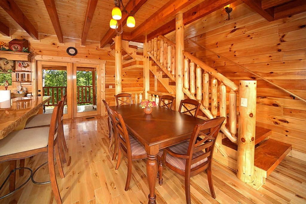 Photo of a Pigeon Forge Cabin named Splish Splash - This is the fourth photo in the set.
