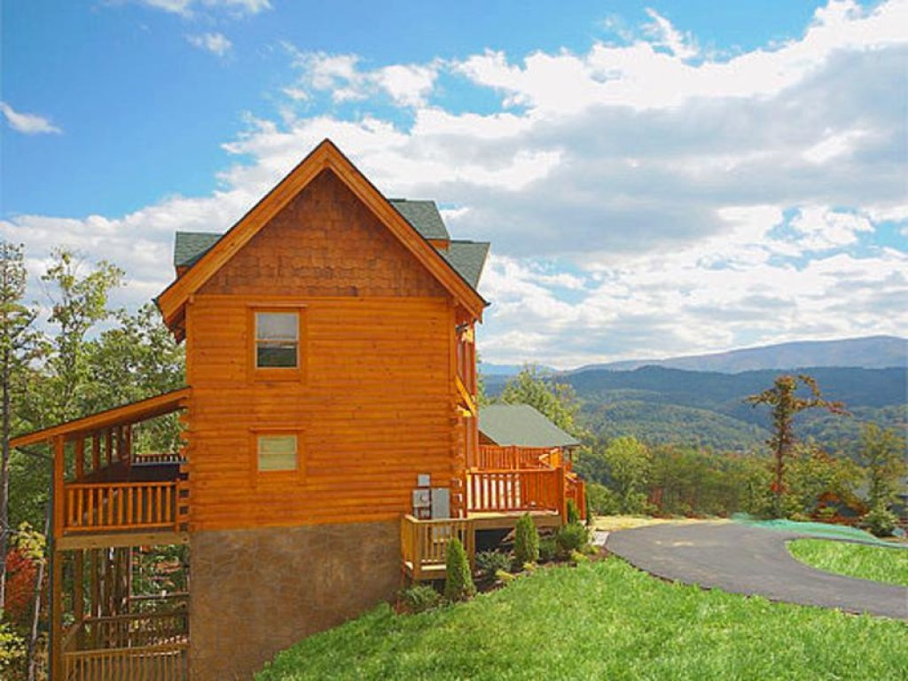 Photo of a Pigeon Forge Cabin named Splish Splash - This is the twentieth photo in the set.
