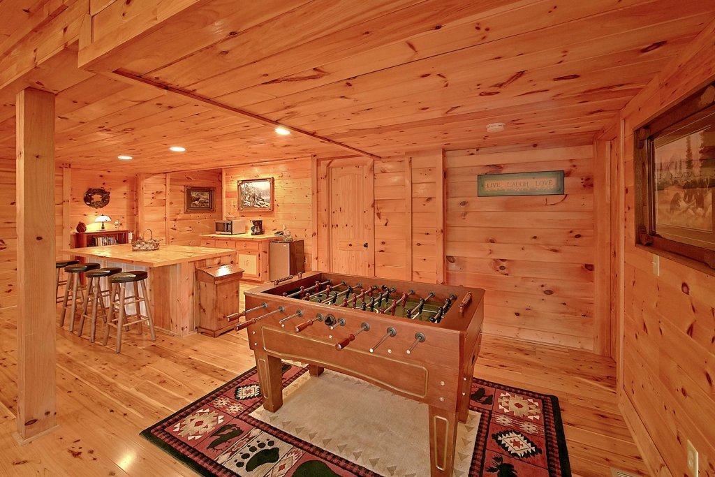 Photo of a Pigeon Forge Cabin named Mountain Magic #73 - This is the twenty-second photo in the set.