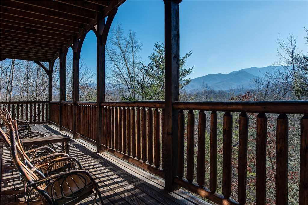 Photo of a Gatlinburg Cabin named Mountain View Lodge - This is the fortieth photo in the set.