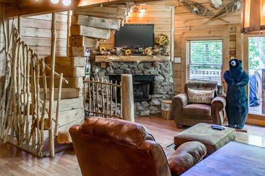 Unique wood cabin perfect for small family getaway