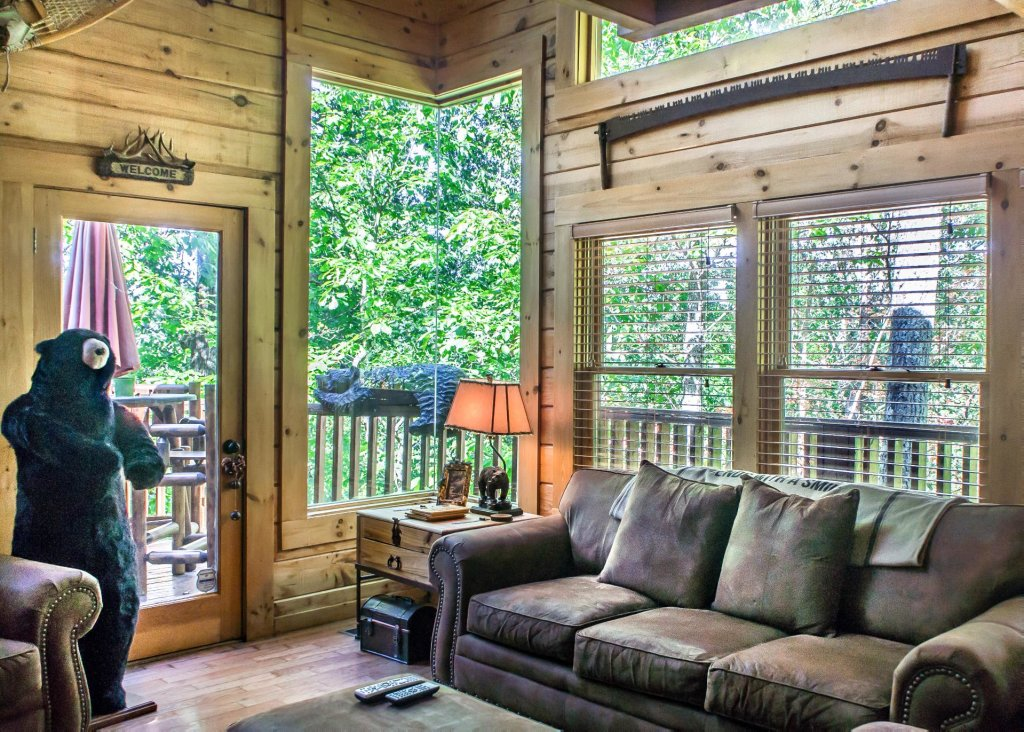 Photo of a Pigeon Forge Cabin named Higher Ground #21 - This is the sixth photo in the set.