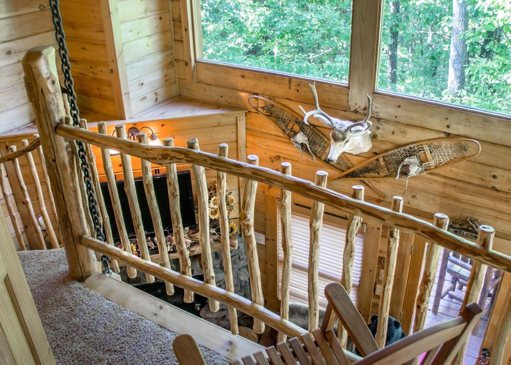Photo of a Pigeon Forge Cabin named Higher Ground #21 - This is the eleventh photo in the set.