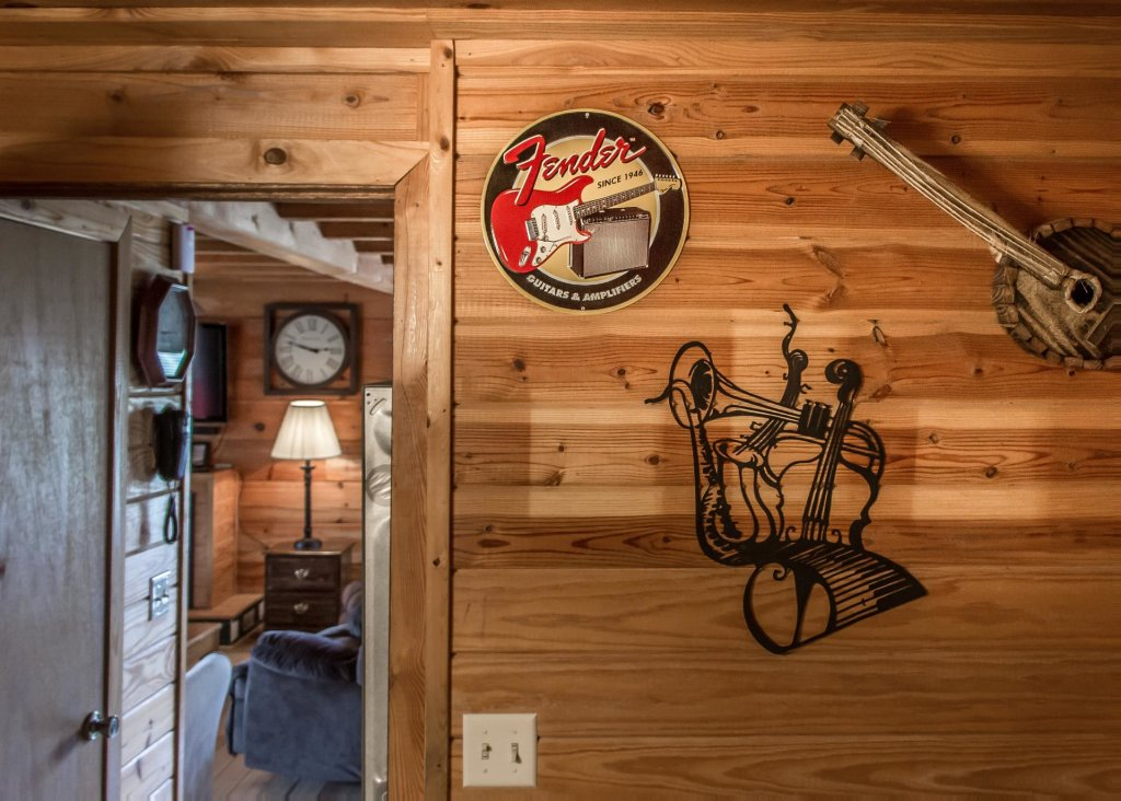 Photo of a Pigeon Forge Cabin named Leconte Nirvana  - This is the thirteenth photo in the set.