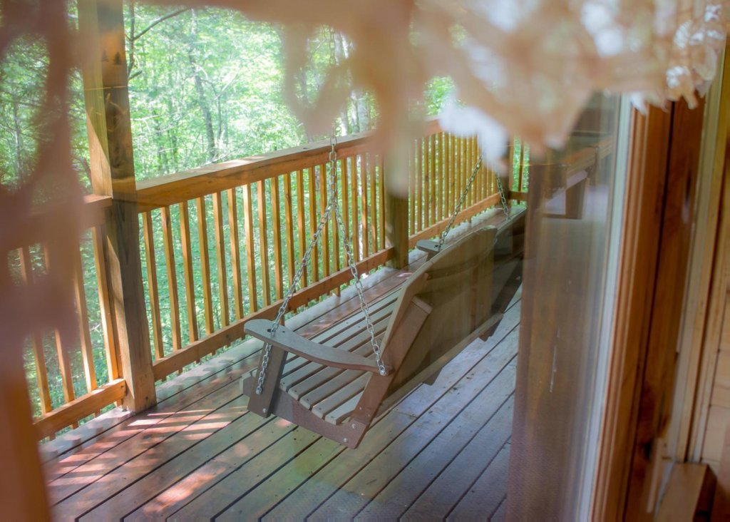 Photo of a Pigeon Forge Cabin named Cub House #14 - This is the thirteenth photo in the set.