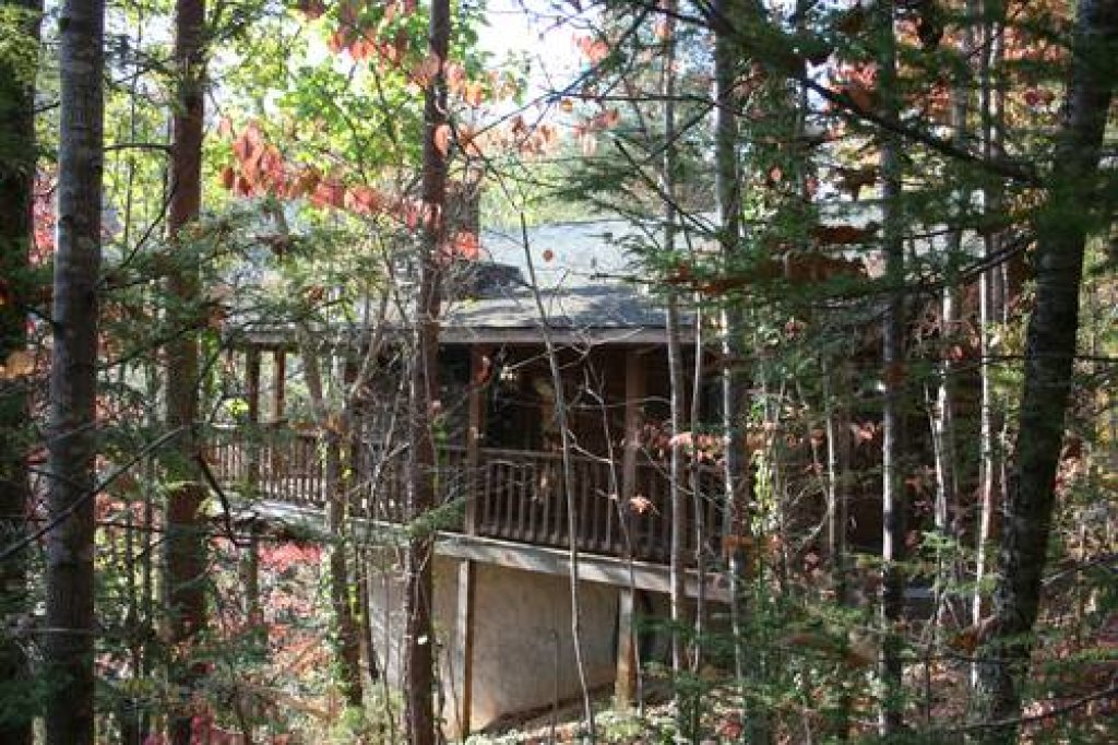 Photo of a Pigeon Forge Cabin named Cabin Fever - 117 - This is the first photo in the set.