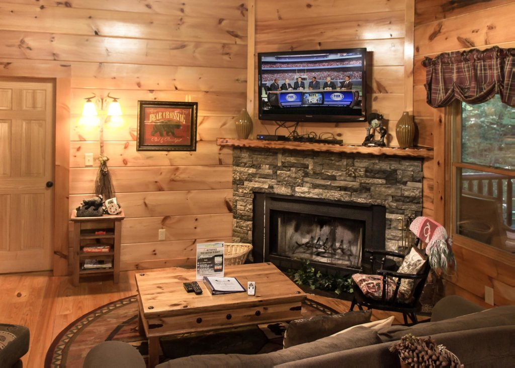 Photo of a Pigeon Forge Cabin named Bear Crossing #6 - This is the sixth photo in the set.