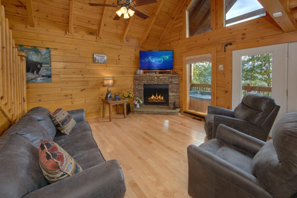 Photo of a Pigeon Forge Cabin named A View For All Seasons #405 - This is the second photo in the set.