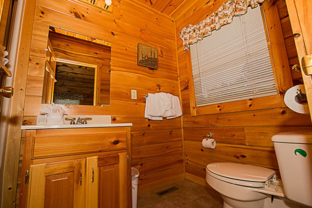 Photo of a Pigeon Forge Cabin named A True Dream - This is the ninth photo in the set.