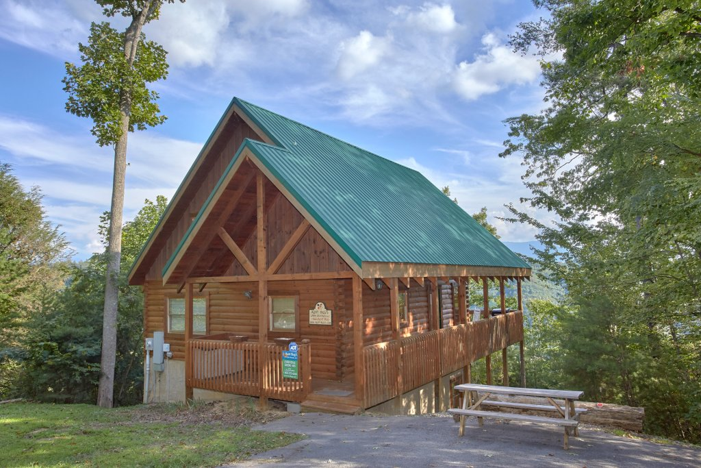 Photo of a Pigeon Forge Cabin named A View For All Seasons #405 - This is the fortieth photo in the set.