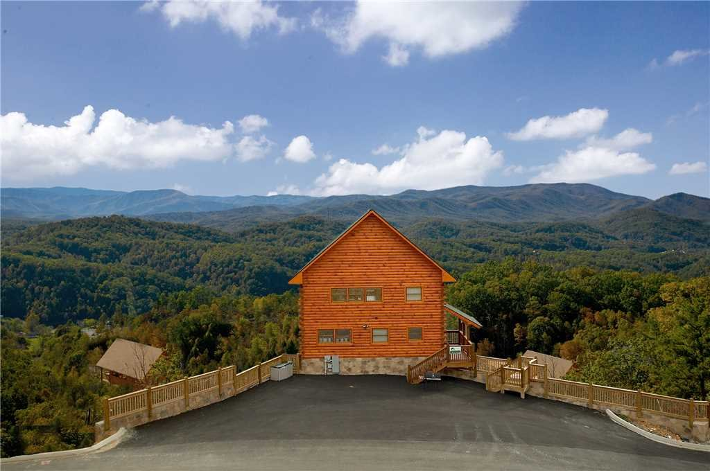 Photo of a Pigeon Forge Cabin named A True Dream - This is the twelfth photo in the set.