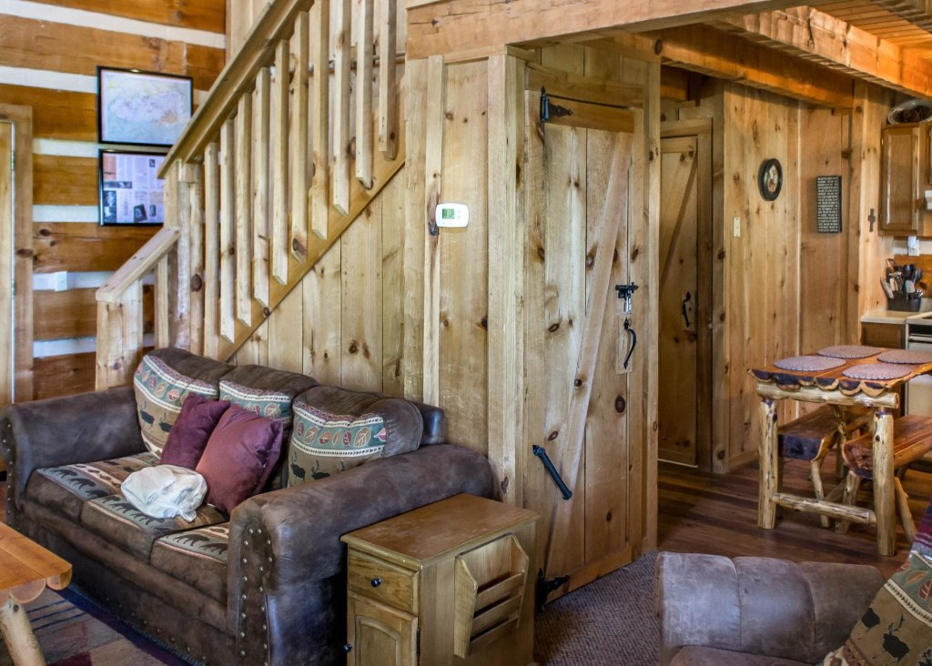Photo of a Gatlinburg Chalet named Sequoyah - This is the fifth photo in the set.