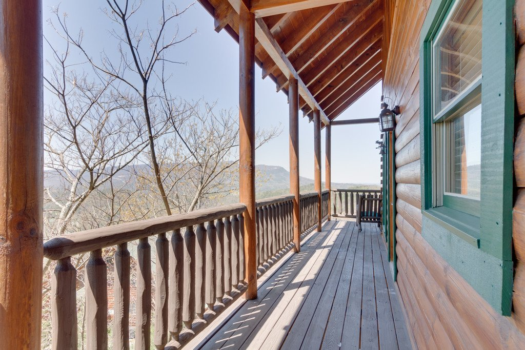 Photo of a Pigeon Forge Cabin named The Grits Carlton - This is the twenty-second photo in the set.