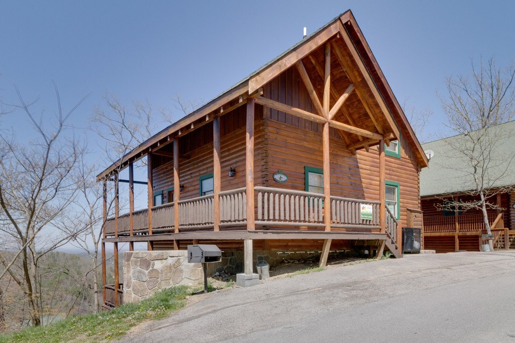 Photo of a Pigeon Forge Cabin named The Grits Carlton - This is the fifty-seventh photo in the set.