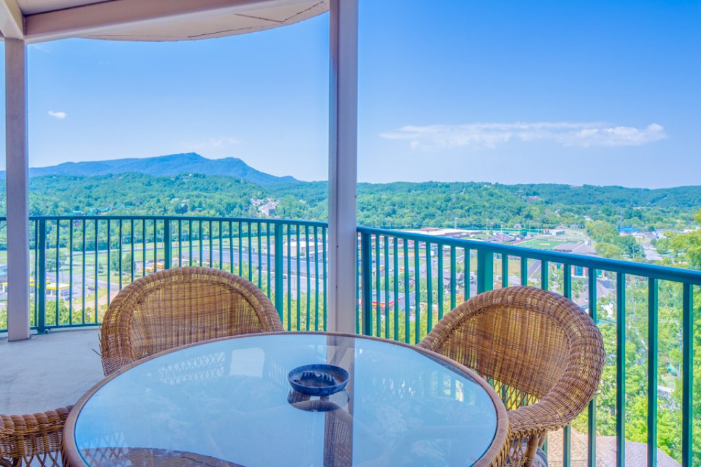 Photo of a Pigeon Forge Condo named Pinnacle Condo - This is the seventeenth photo in the set.
