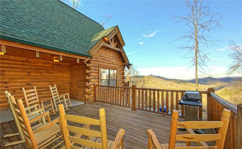 Photo of a Pigeon Forge Cabin named Ridgetop Theatre Lodge At Thunder Mountain - This is the sixteenth photo in the set.