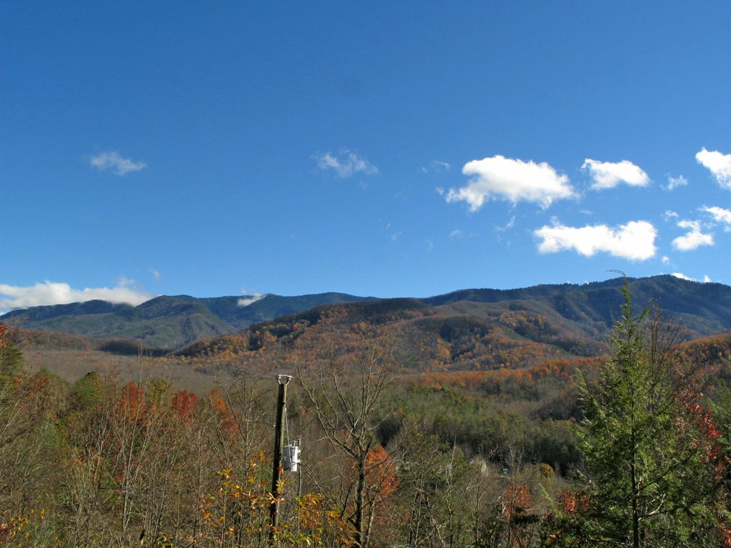 Photo of a Gatlinburg Cabin named Bearway To Heaven - This is the nineteenth photo in the set.